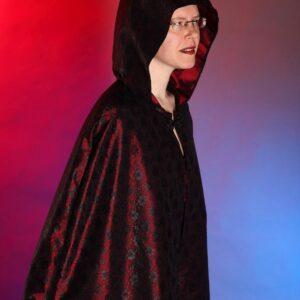 Coats, cloaks and kimonos