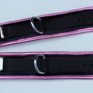 Padded wrist restraints – pink