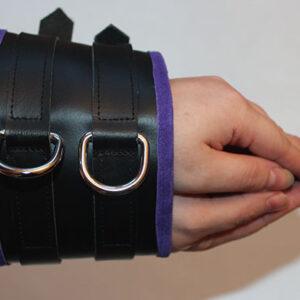 Wide cuff arm binder