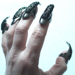 Black claw ring
