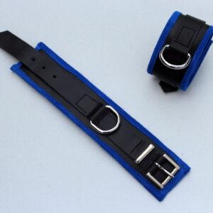 Padded wrist restraints – blue