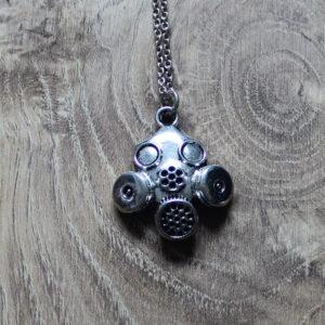 Kinky pendants
