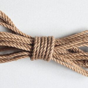 10m long 5mm thick UK treated Amanawa jute rope