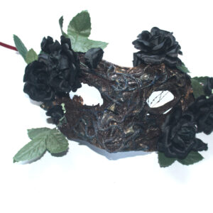 Eye mask with flowers